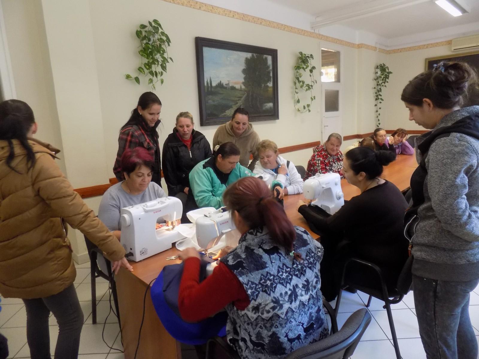 2018-12-03-Ecsedi-Viselet-megismerése-népviselet-varás_00001